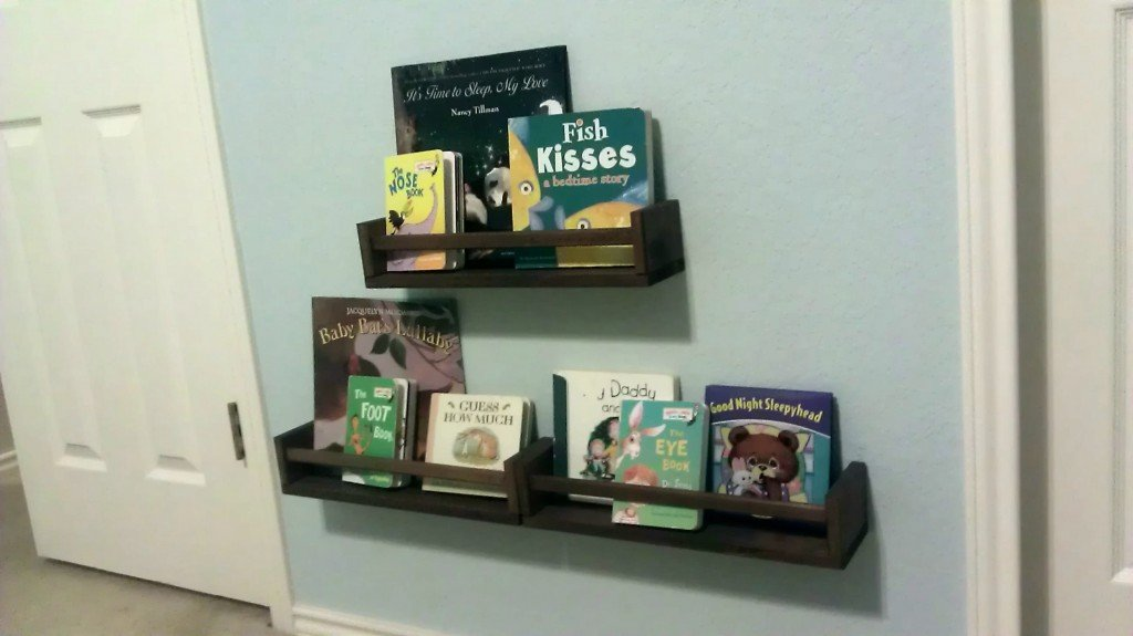 Organize Picture Books for Kids